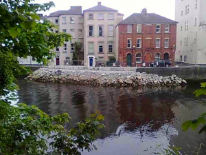 Temporary repair of the wall at Grenville Place, breached during the fluvial flood of November 2009. Photograph: A. Beese